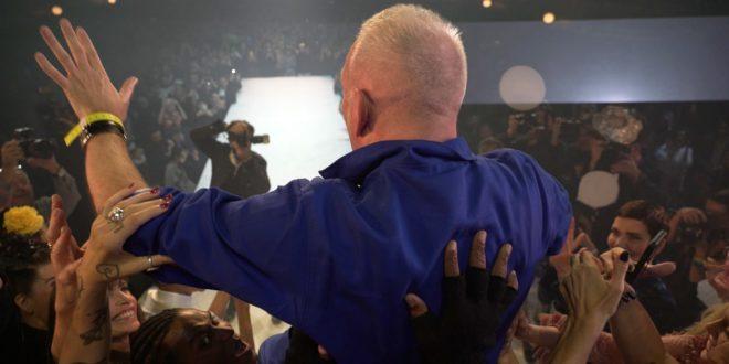JEAN PAUL GAULTIER SE DÉFILE de Loic Prigent image documentaire