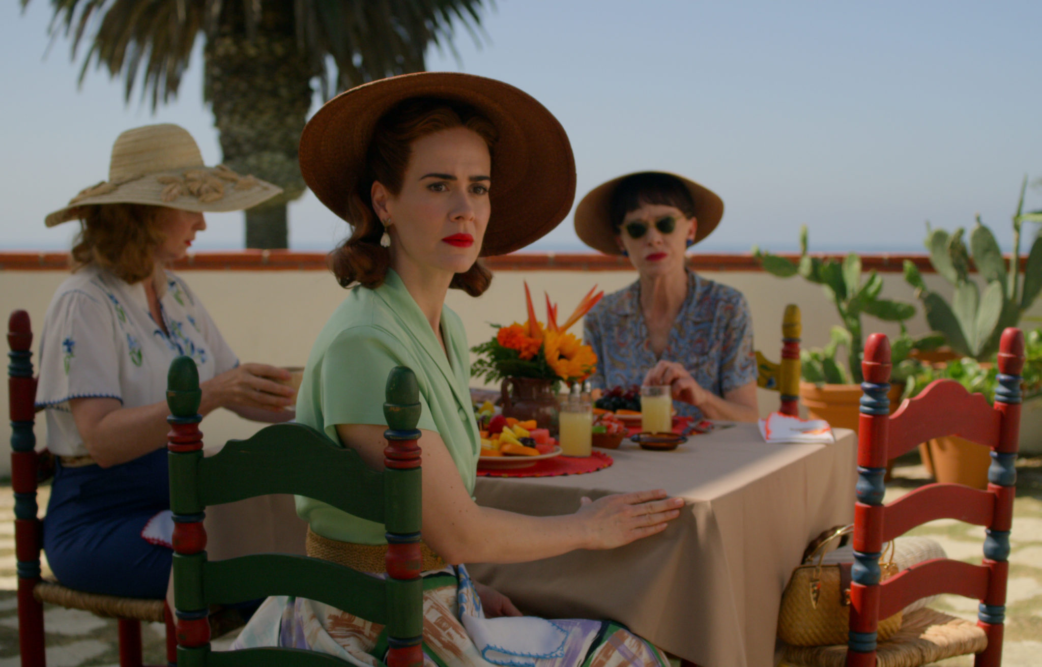 RATCHED (L to R) CYNTHIA NIXON as GWENDOLYN BRIGGS, SARAH PAULSON as MILDRED RATCHED and JUDY DAVIS as NURSE BETSY BUCKET in episode 108 of Cr. COURTESY OF NETFLIX © 2020