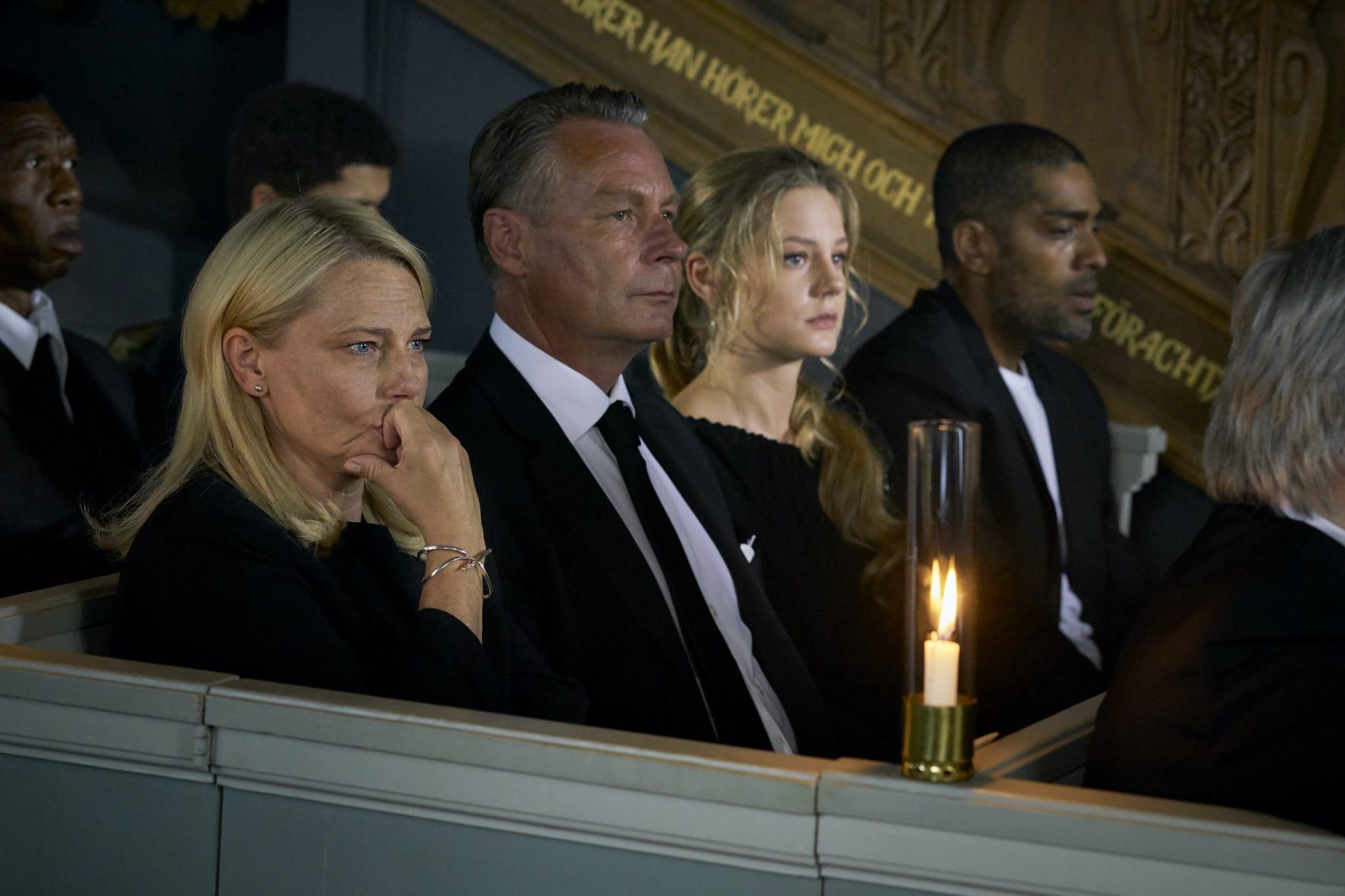 Une si belle famille saison 1 de Colin Nutley image série télé