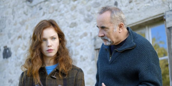 La fille dans les bois (2021) de Marie-Hélène Copti image téléfilm d'un roman de Patricia MacDonald