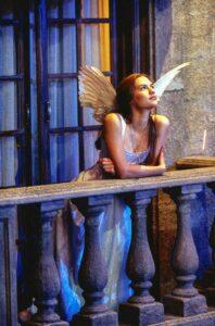 Roméo + Juliette de Baz Luhrmann image film cinéma