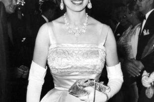 Élisabeth II (2017) image série documentaire