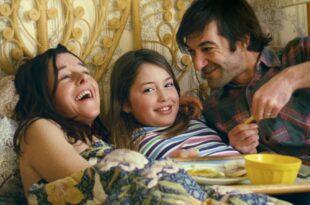Louloute de Hubert Viel image Alice Henri, Laure Calamy et Bruno Clairefond film cinéma