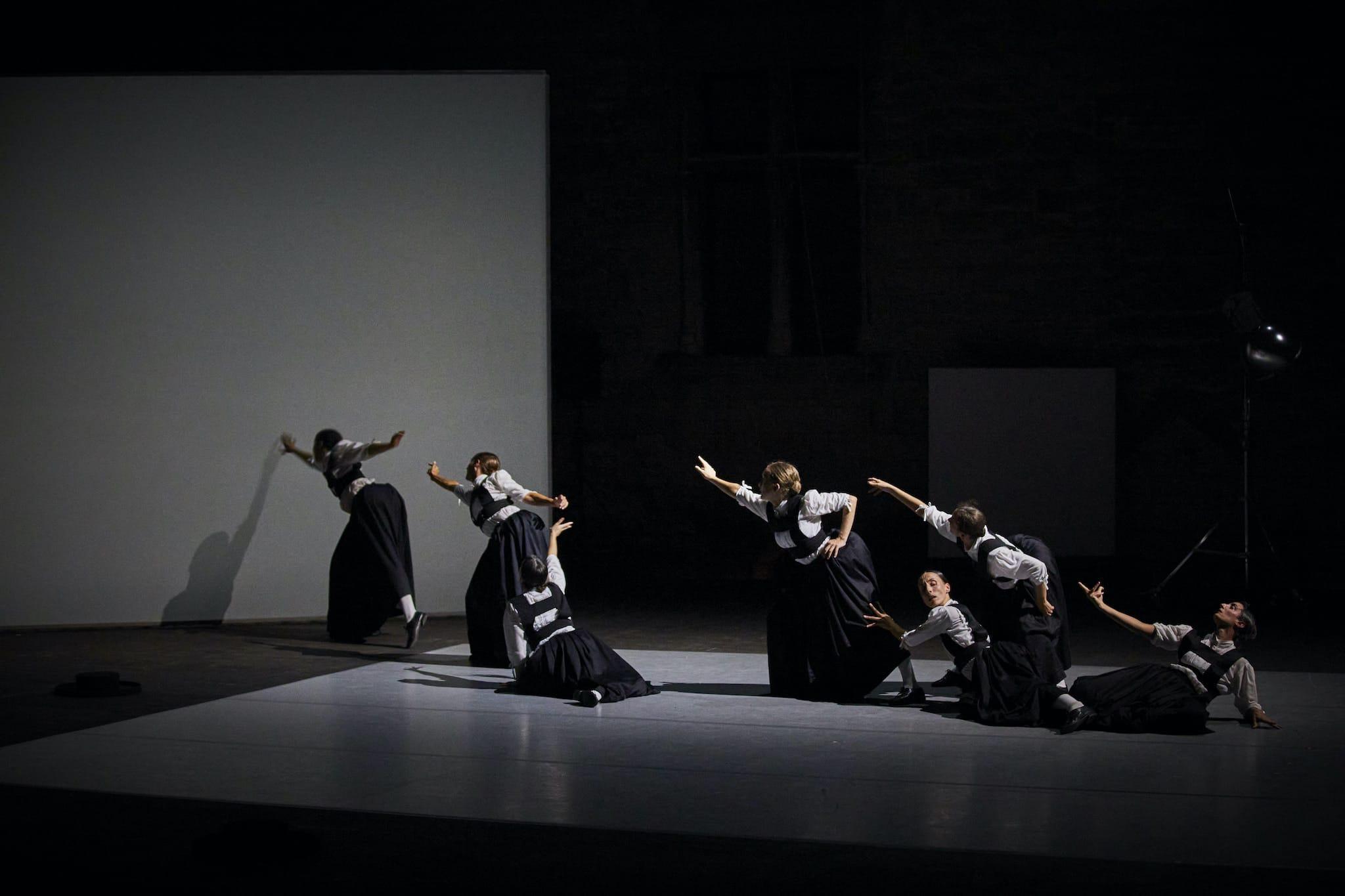 Sonoma de Marcos Morau photo danse